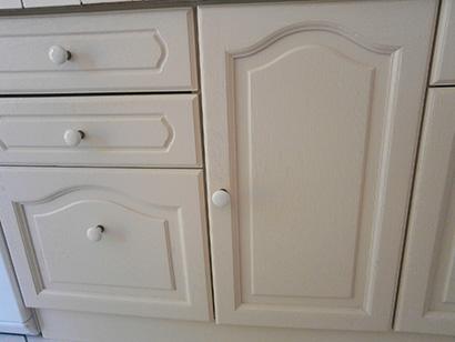 photo représentant un détail de portes rénovées